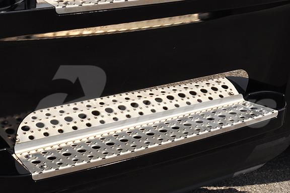 Lower Step Panel – New Cascadia image