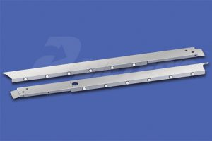 Cab Skirts – HX520 with Dual Exhaust DN2403