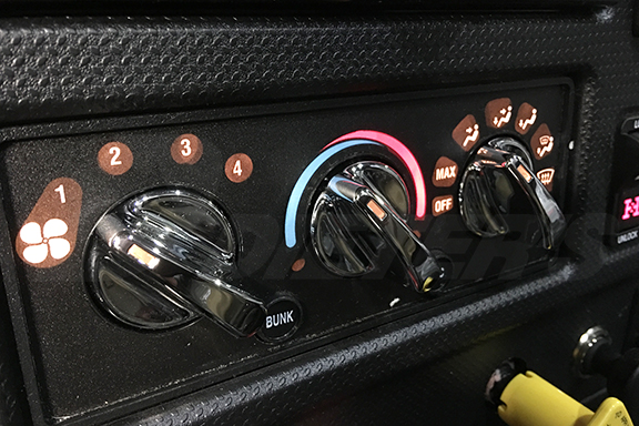 Climate Control Knobs image