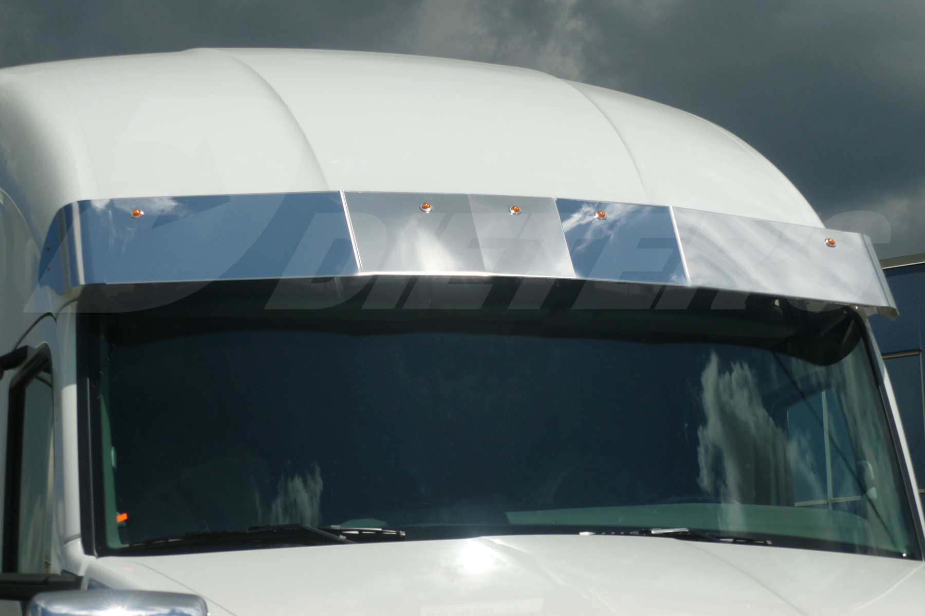 Mid-Roof/High-Roof Sunvisor – 10″ Deep image